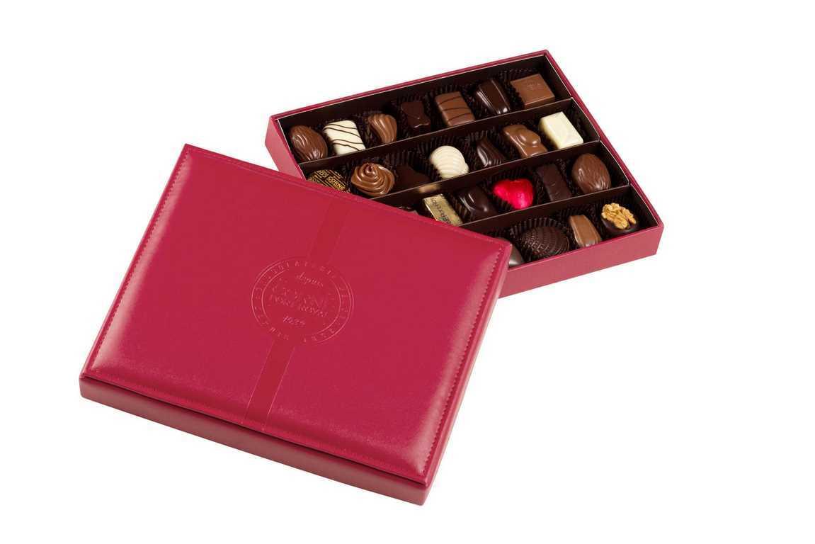 Boîte cuir rouge garnie <br>28 chocolats assortis SANS ALCOOL